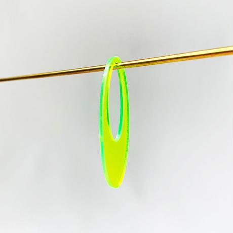 acrylic【ロングオーバル  ネオンイエロー】GUM EARRING parts アクリリック 坂雅子