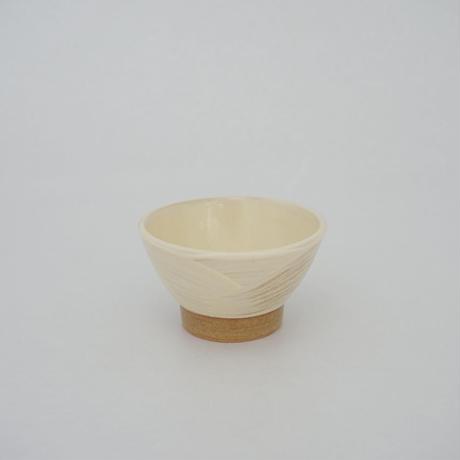 ご飯茶碗(豆 口径約10.6cm・高さ約6cm)白 /牡丹刷毛目 (09)