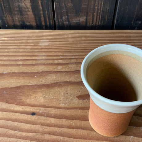 焼締めビールカップ(中 口径約7.5㎝・高さ約10.5㎝)白 (06)