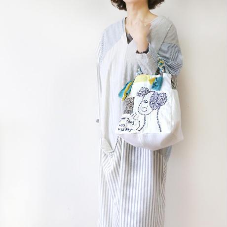 受注製作☆刺繍バッグ「イヌも歩けば」