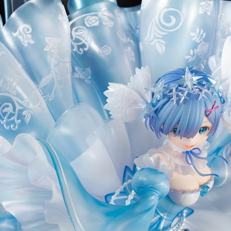 レム 「-Crystal Dress Ver-」1/7スケールフィギュア