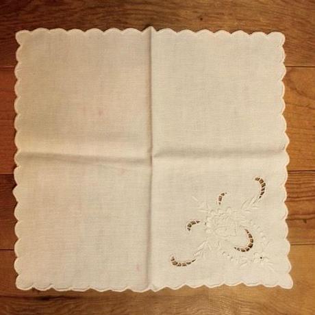 white napkins Z