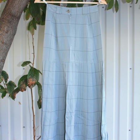 wallts skirt