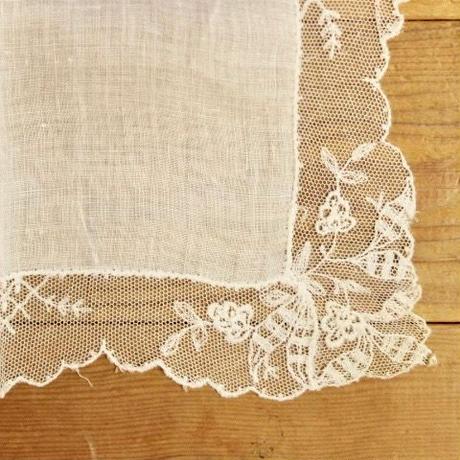 handkerchief L