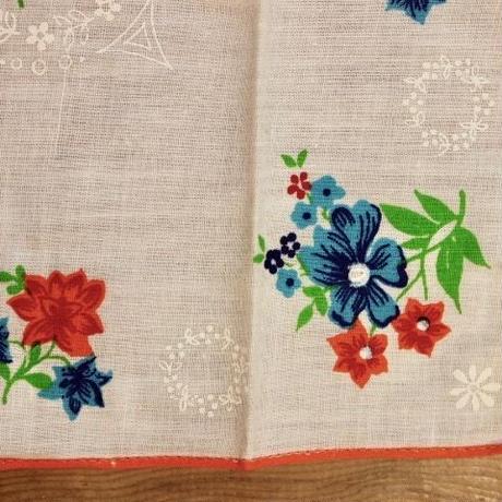 printed handkerchief set