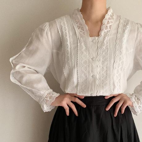 80's Euro Vintage Cotton Cutwork Lace Blouse