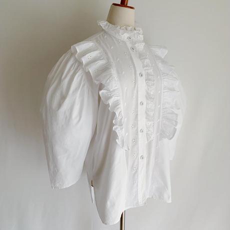 80's Euro Vintage Cotton Cutwork Lace Design Blouse