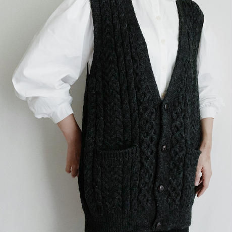 80's Over Silhouette Irish Cable Knit Vest