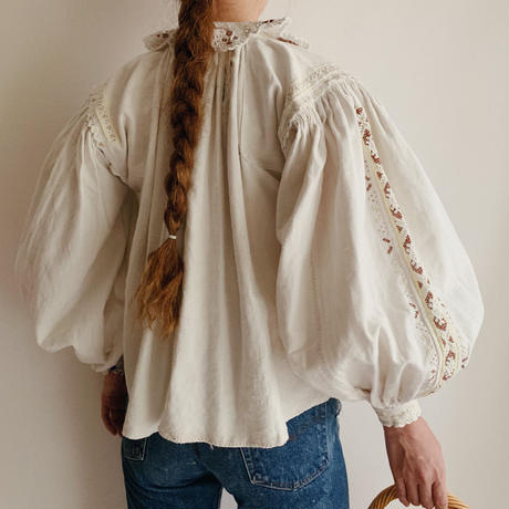 - 20's Euro Antique Folk Linen Blouse