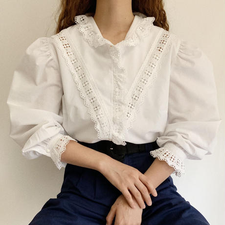 Euro Vintage Cut Work Lace Volume Sleeve Blouse