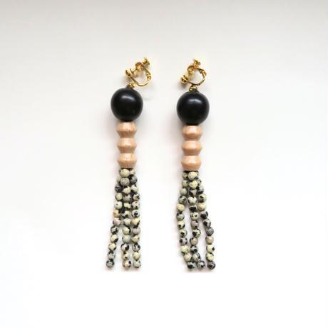Earrings D ブラック