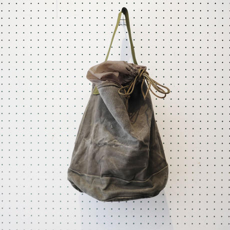 【USED】VINTAGE MATERIAL DRAWSTRING BAG