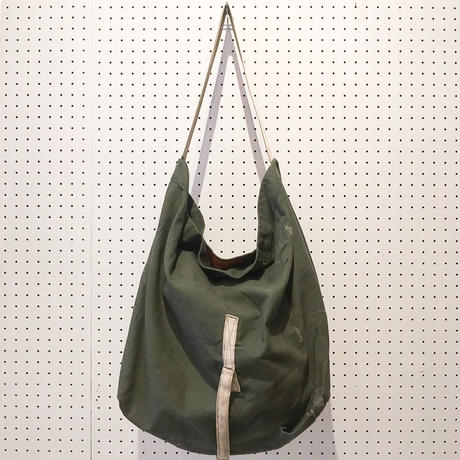 【USED】VINTAGE MATERIAL SHOULDER BAG