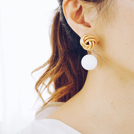 vintage  white ballpierce