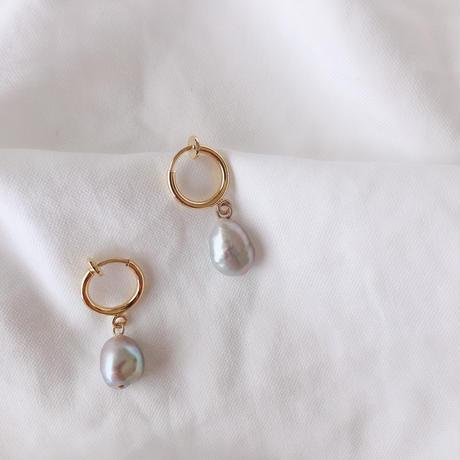 gray pearl earring