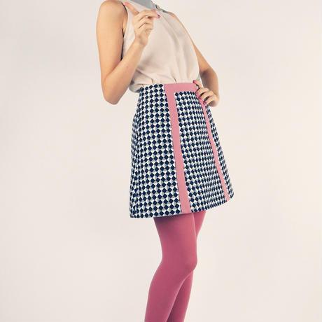マルチブレイドラインスカート
