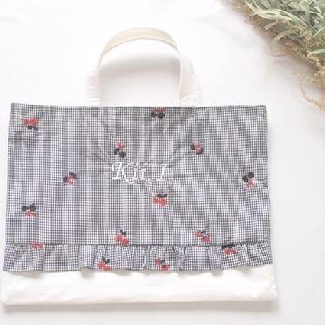 フリルのお名前刺繍レッスンバッグ