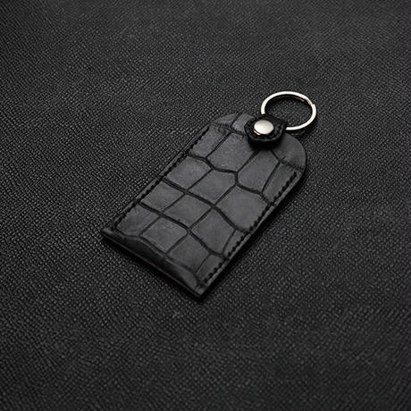【 Emboss Crocodile Leather Amulet Holder (S) 】