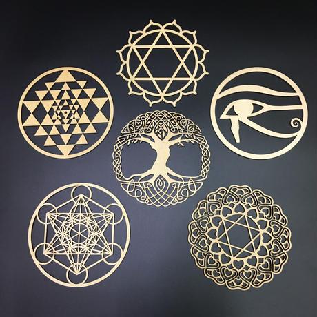 木製透かし彫刻板 6種類あり