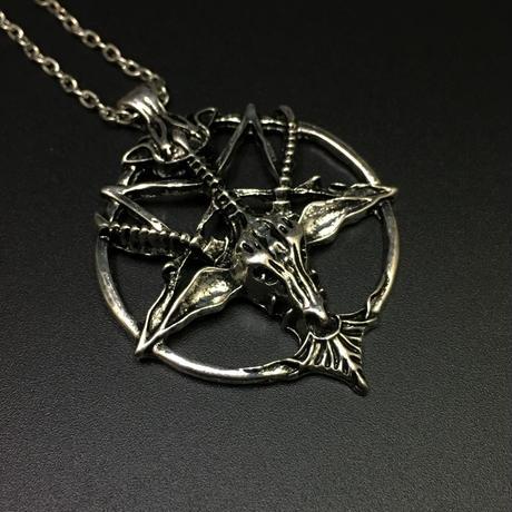 【悪魔崇拝】逆五芒星のネックレス