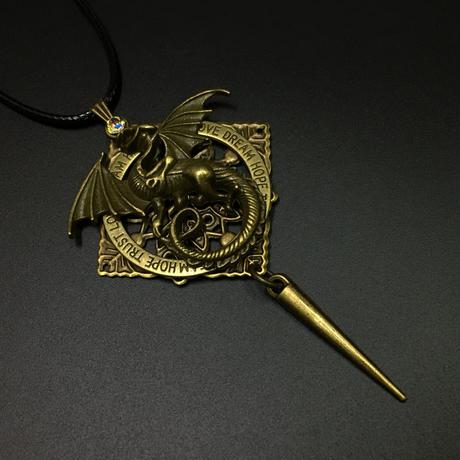 ドラゴンのネックレス