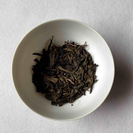 ほうじ茶テトラ型ティーバッグ2g×8個入り(10袋以内までポスト便で全国一律送料500円)