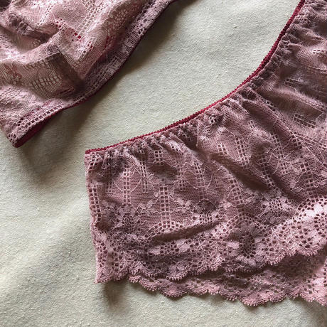 Dark pink lace bralette set up