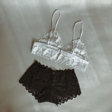 Flower white lace bralette set up