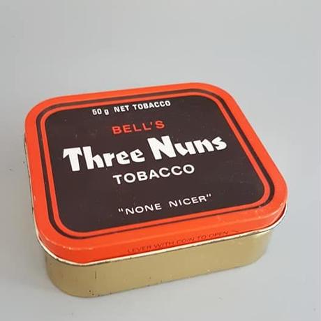 イギリス製ヴィンテージ タバコ缶 Three Nuns/ BD20