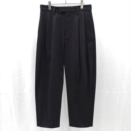 URU TOKYO / COTTON 2 TUCK PANTS COL:BLACK