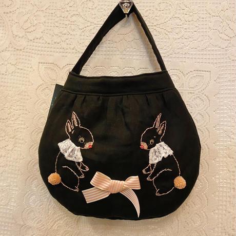 うさぎ刺繍バッグ