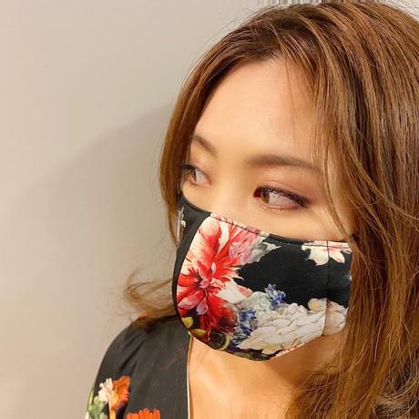 I SPARK  Mask (立体マスク) ブラックxフラワー