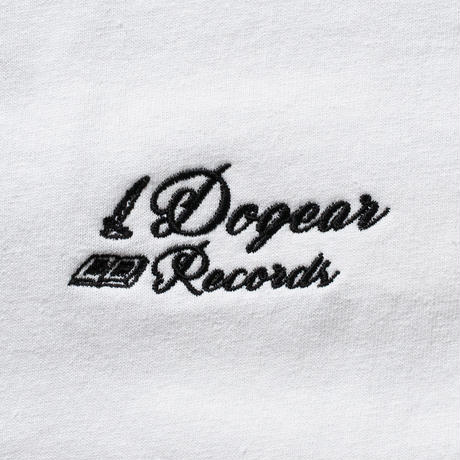 DOGEAR RECORDS TEE (White × Black)