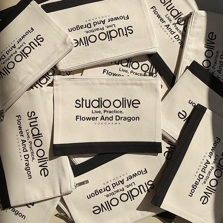 Studio Olive x F.A.D ミニポーチ