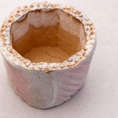陶器製(2号ポット相当)多肉植物の欲しがる植木鉢 KESc-7881ピンク