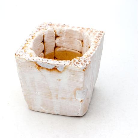陶器製(2号ポット相当)多肉植物の欲しがる植木鉢 KKS-7516