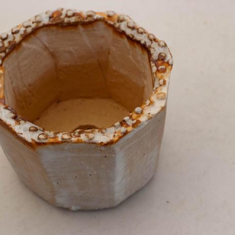 陶器製(2号ポット相当)多肉植物の欲しがる植木鉢 KES-9946
