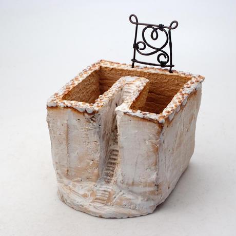 陶器製 多肉植物の欲しがる植木鉢 C-26箱庭ワイヤー付-8241