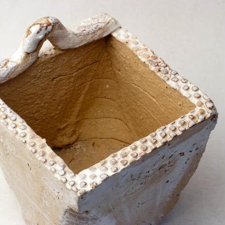 陶器製(3号ポット相当)多肉植物の欲しがる植木鉢 c-34-2833