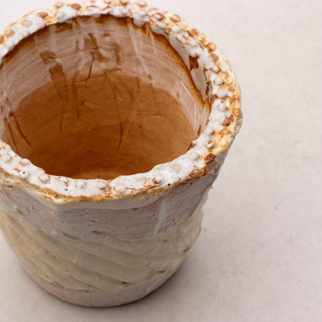 陶器製(2.5号ポット相当)多肉植物の欲しがる植木鉢 NSSc-7890ピンク