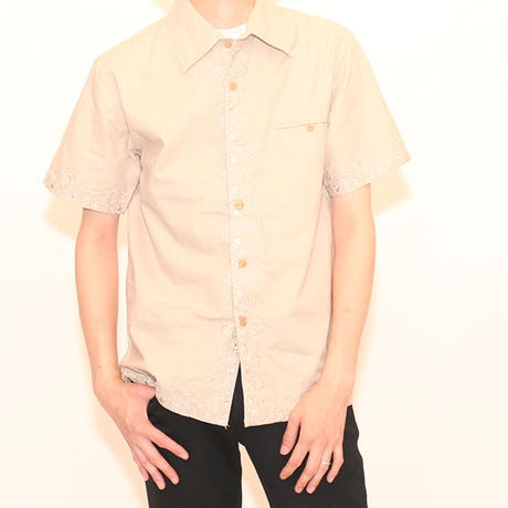 Elaborate Embroidery S/S Shirt