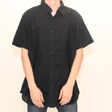 Black Embroidery S/S Shirt