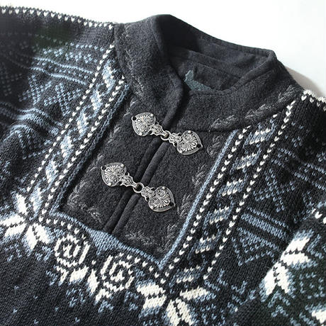 Vintage Knit Dale of Norway