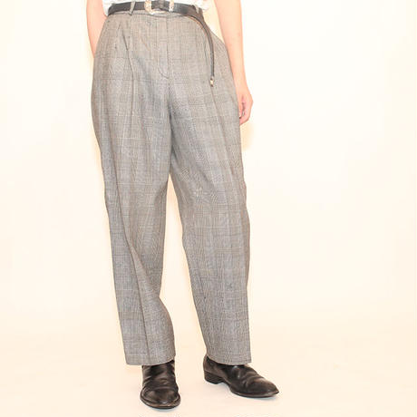 Modern Fit Plaid Pants
