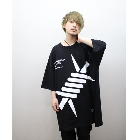 "LILWHITE(dot) Tシャツ ""BARBED"" EXTRA BIG TEE / BLACK"