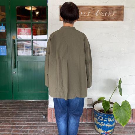 "【prit】 ""スタンドカラー バックタックシャツ"""