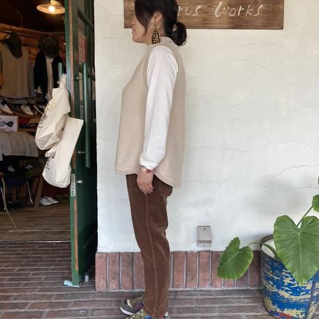 "【SABBATUM】 ""ジャッカルテリーナップハイネックベスト"""