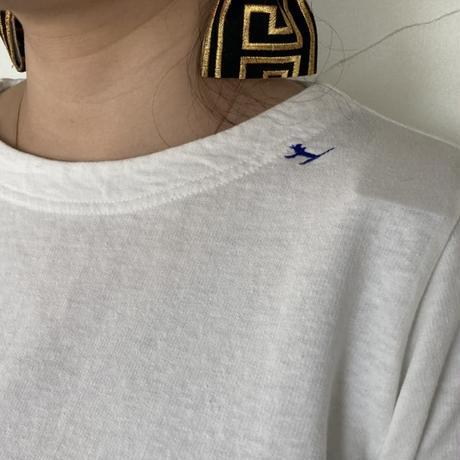 "【grin】 ""ホームスパンインレイ猫刺繍Tシャツ"""