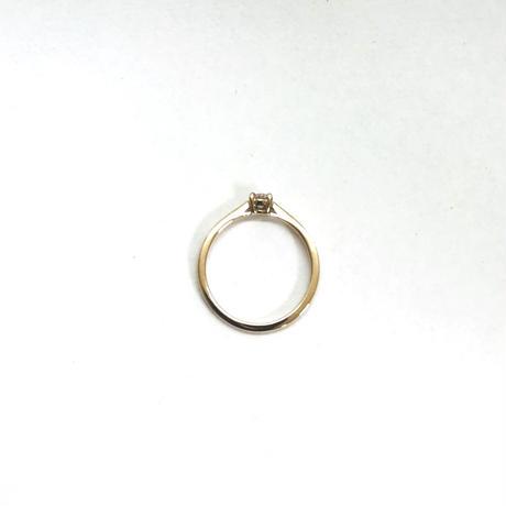 ピンクゴールドのダイヤモンドリング