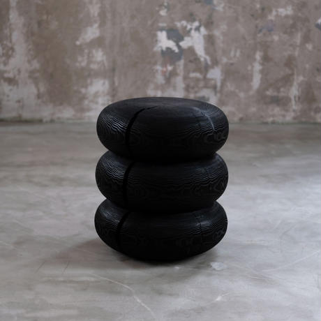 Cedar Stool / black